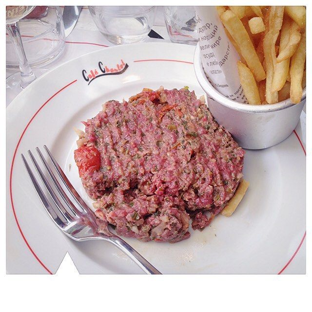 Paris: Café Charlot in Le Marais is our favourite bistro for late night food and drinks.  Travel Truffle: the steak tartare is the best in the area  Next stop: Ibiza Baby!  #luxurytravel #luxury #luxurylife #luxurytraveler #luxurytraveller #luxe #luxelifestyle #beautifuldestinations #honeymoon #getaway #travel #traveltruffle #traveltruffles #Paris #France #cafecharlotparis #lemarais #foodlover