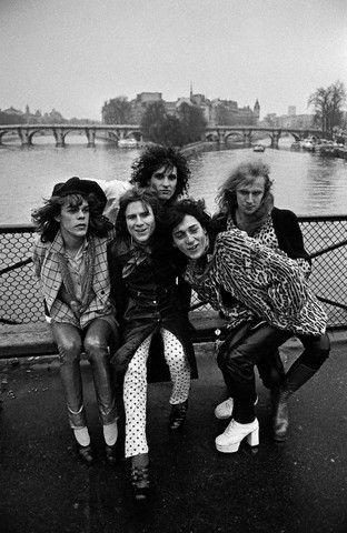 New York Dolls on the Seine in Paris