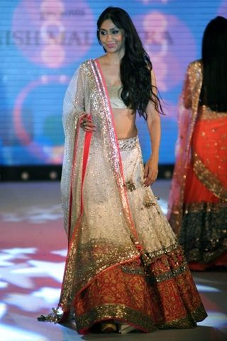 Shamita Bangargi at Pidilite-CPAA Charity show by Manish Malhotra and Shaina NC, via @Juhi Dhingra