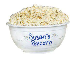 movie night. add micro wave popcorn, butters/salts, favorite beverage, candy, movie.Big Little Gift, Micro Waves, Waves Popcorn, Sorority Crafts, Sisters Crafts, Add Micro, Movie Night, Colleges Lifestyle, Favorite Beverages