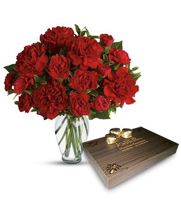 On the special day A gift for friend, and one that will leave the lucky recipient speechless for days! KaBloom makes giving feel just as good as receiving! with dozen heart chocolate sweet.