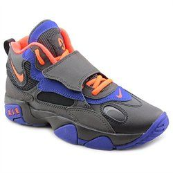 The Nike Air Speed Turf (GS) Athletic feature a Leather upper with a Round Toe. The Man-Made outsole lends lasting traction and wear.'