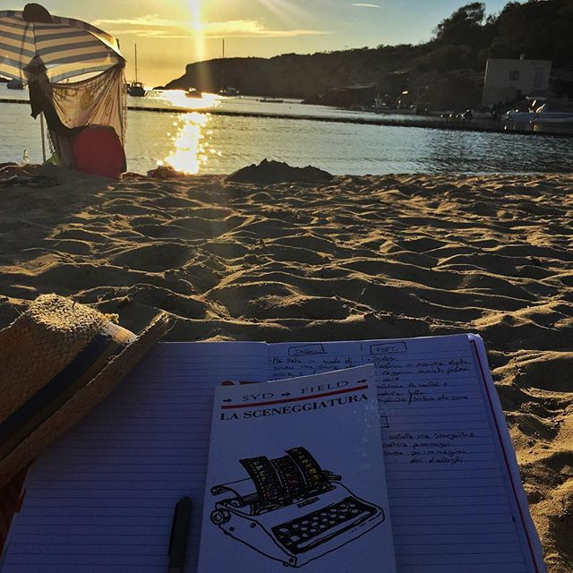 • Sto studiando •  Spot: Cala Vadella   #ibiza #diarioibizenco #morgattaenibiza