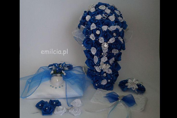 Komplet Ślubny w Chaber i Bieli ze Srebrem wykonany na zamówienie :) Ślub Bukiet Bukiety Dodatki Ślubne dekoracja Młoda Para prezentuje się bardzo ładnie i szykownie. Weeding Dekoracje
