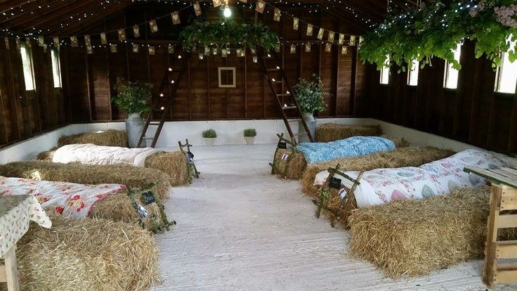 A very rustic vintage wedding venue for intimate weddings in Cornwall on the glorious Rame Peninsula. The Cow Shed at Freathy Farmhouse is just exquisite.  Email hello@freathyfarmhouse.com or visit website www.freathyfarmhouse.com/weddings