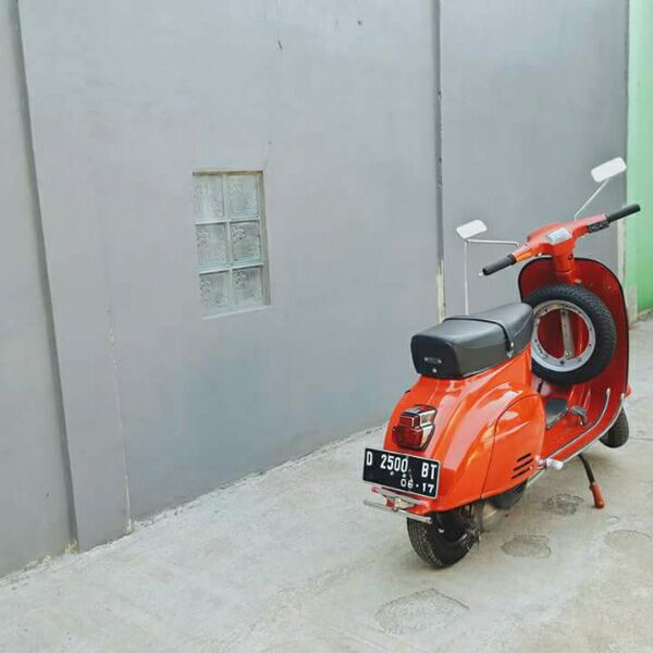 17 Best Images About Vespa Classic Forsale On Pinterest