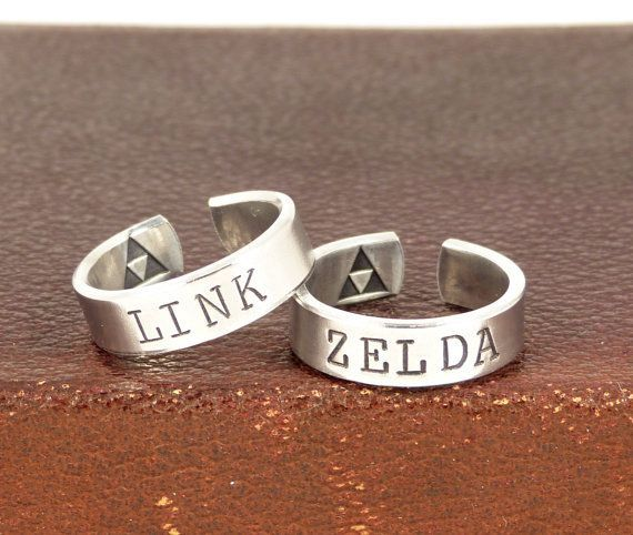 Link and Zelda Ring Set, Gamer Couple, Couples Rings, Valentines Day Gift – #Couple #Couples #Day #etsy #Gamer