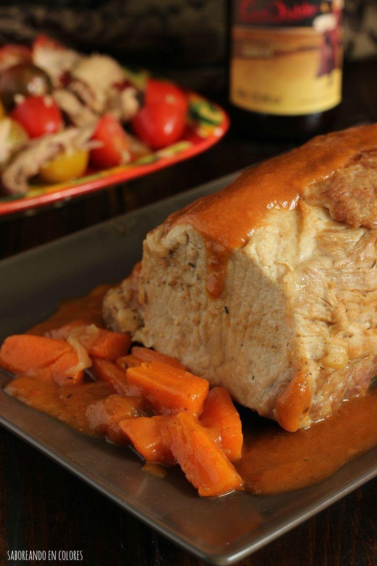Este Lomo de Cerdo a la cerveza es un plato ideal para la cena de Navidad o para cualquier comida especial del año. Es muy sabroso y muy fácil de preparar.