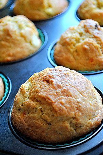 Πικάντικα muffins με Pesto