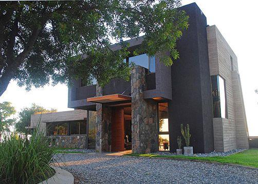 Possetto y Pringles Arquitectos. Más info y fotos en PortaldeArquitectos.com