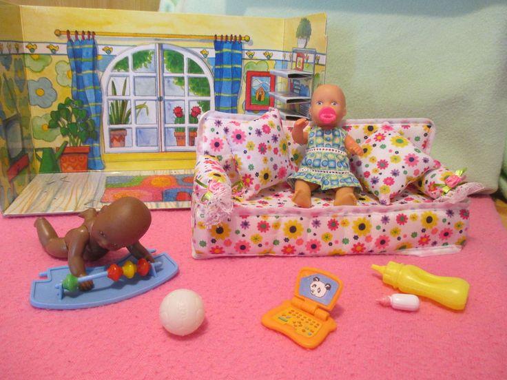 helle u dunkelhäutige mini baby born mit miniworld Wohnzimmer Couch Laptop u meh