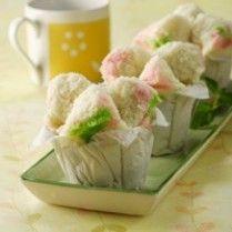 BOLU KUKUS MEKAR http://www.sajiansedap.com/recipe/detail/4751/bolu-kukus-mekar