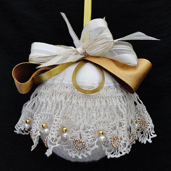 Shabby Chic Christmas Bauble - Handmade - X Large Cream Lace