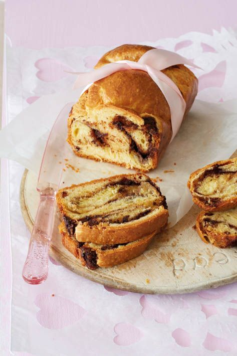 Easter babka with chocolate filling