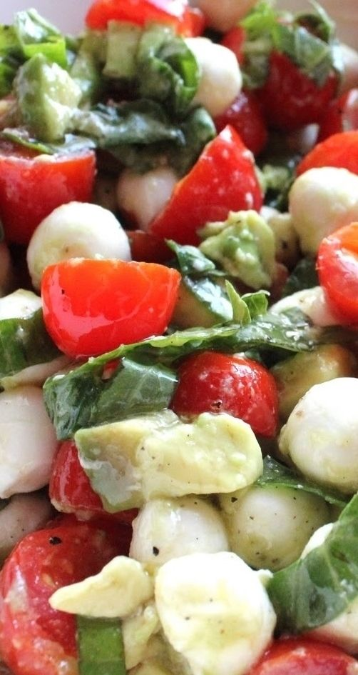 Mozzarella, Tomato & Avocado Salad Recipe
