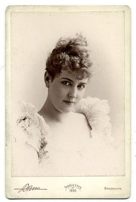 FAMOUS  ACTRESS  LILLIAN  RUSSELL  CABINET  CARD   PHOTOGRAPH