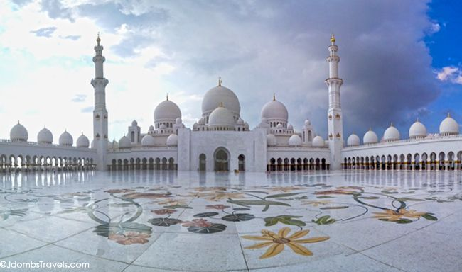 Five Elements that make Sheikh Zayed Grand Mosque an International Mosque