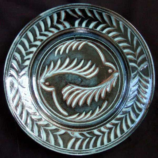 Ferny birds, sgraffitto ash-glazed jun plate.