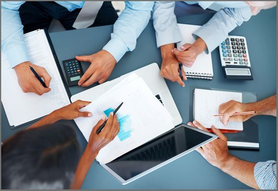 Financial Planning Services - Schulz Hobbs gives financial planning and advice from our experts who assist you for budgeting and meeting your financial and legal goals regarding your business.  http://www.schulzhobbs.com.au/our-services/business-development