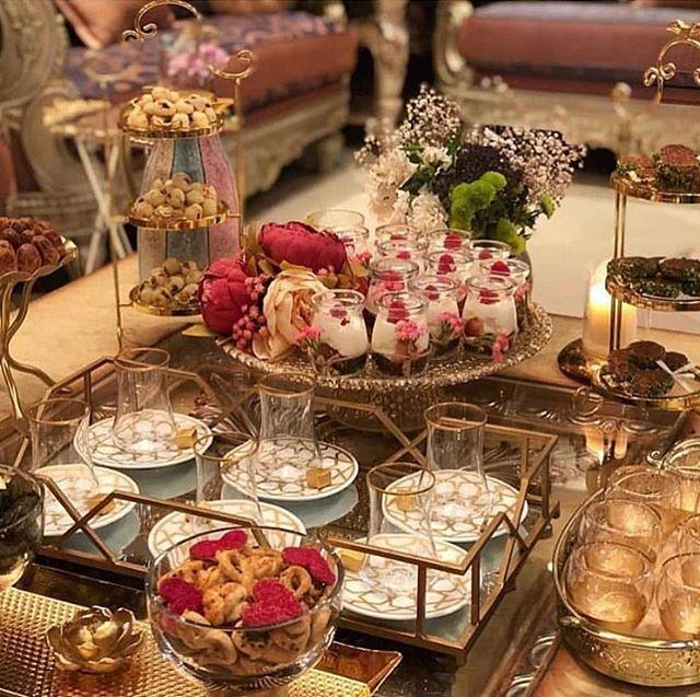 سبحان الله وبحمده تنسيقات ضيافه تنسيقاتكم ضيافه ضيافه قهوه ضيافه مميزه اكسبلوور الكويت السعودية Food Display Table Tea Decor Table Decor Living Room