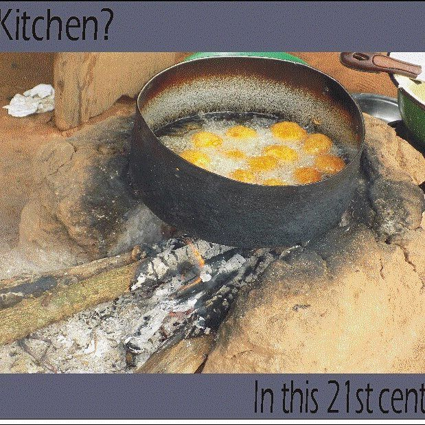 @ooafoundation @undp @sgpnigeria @fote.org.ng Despite the abundance of natural gas most Nigerian women still depend on traditional energy sources such as wood fuel for their domestic energy needs. Therefore a good opportunity for the introduction of a clean energy service for cooking and heating to Nigerians in rural and peri-urban areas is required. #healthyliving #cleanenergy #greenenergy #enviromentalsustainability