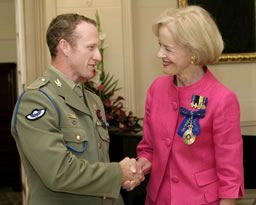 Trooper Mark Donaldson VC (Gallantry Decoration 2009) with Ms Quentin Bryce AC (Governor General of the Commonwealth of Australia) Australian honours recognise and celebrate ordinary Australians who show courage, self-sacrifice, dedication, love and service to their community and humanity. Their stories help shape our country's enduring qualities in the present and the future.