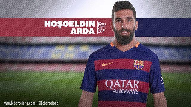 Arda Turan, nou jugador del Barça, amb un missatge de benvinguda en turc / Fotomuntatge FCB