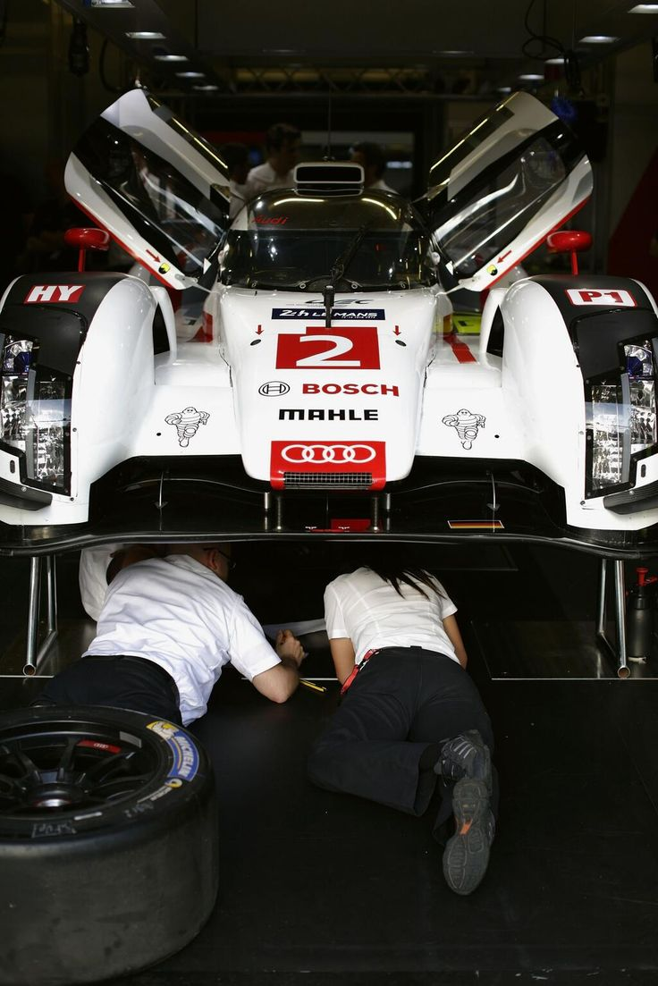 Audi sport gets ready for the 24 hours of lemans
