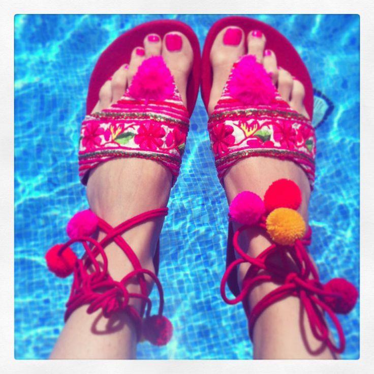 Flor de vida ibiza pom pom sandals