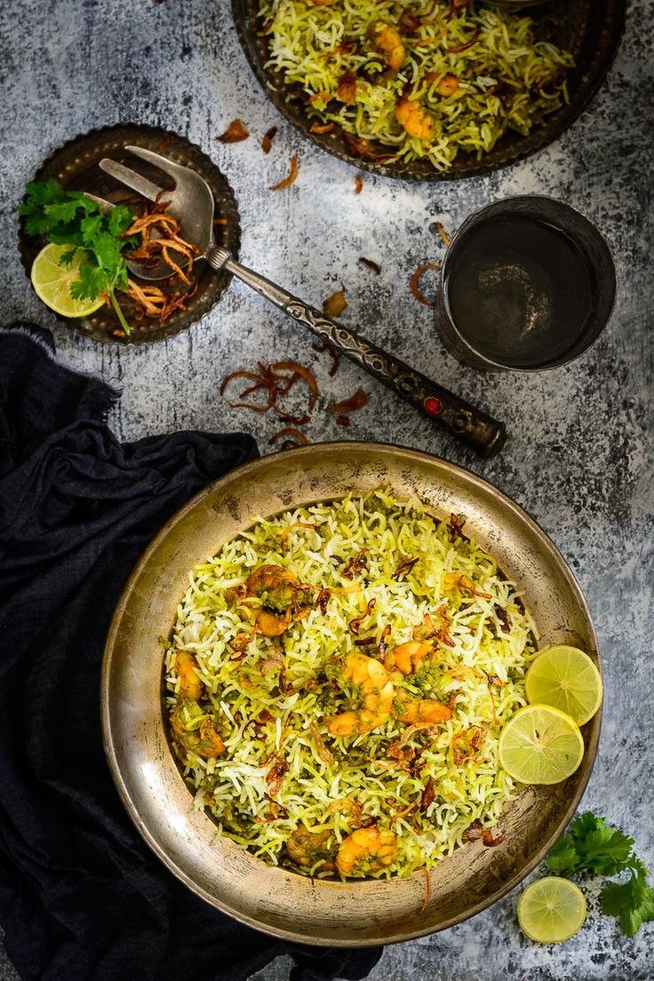 A rice dish fit for a king, Hariyali Jheenga Biryani or Prawn Biryani is rich, intensely flavorful and very elaborate dish made in green masala.