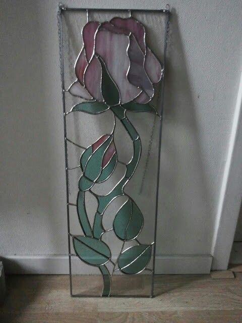 Stained glass rose panel. Jodymaakt.blogspot.com