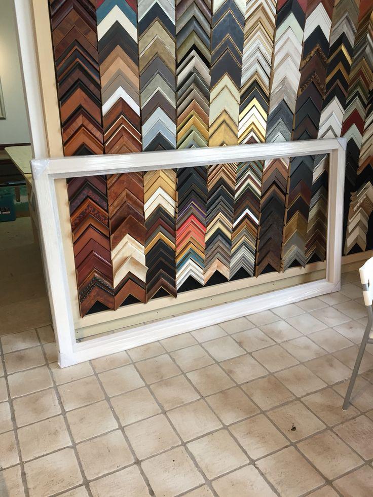 Wat doe je met een bos hout? (Zie eerder bericht). Hele grote lijsten maken natuurlijk. Het formaat van deze baklijst is voor een acryldoek van 200 x 100 cm.