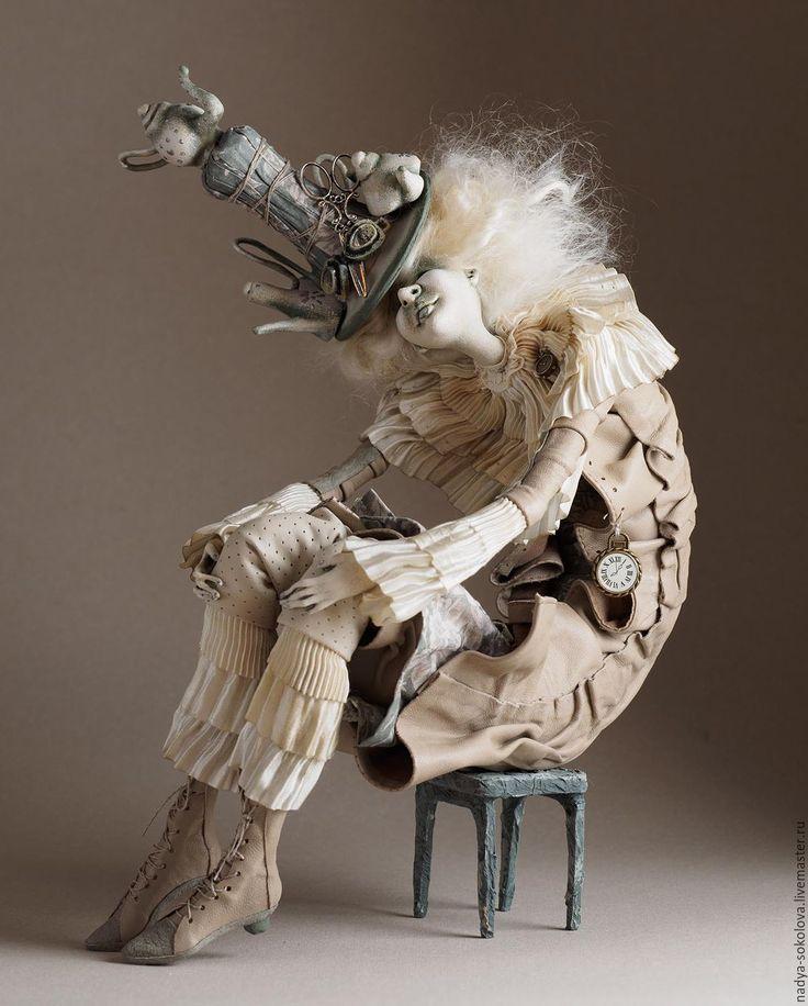 Купить или заказать Шляпник в интернет-магазине на Ярмарке Мастеров. Авторская коллекционная кукла. Единственный экземпляр. 2017 г.