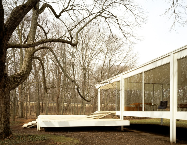 images of the Farnsworth House by Mies van der Rohe photographed by Hedrich Blessing