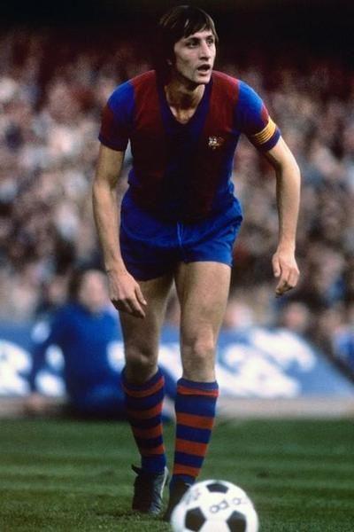 FC Barcelona Como me encantaría tener ese uniforme del Barca... incluido Johan por supuesto.... <3