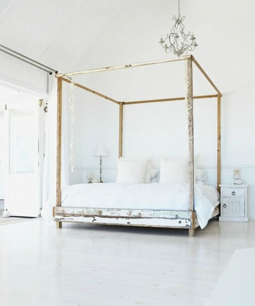 17 best images about dreamy canopy beds on pinterest for Gold canopy bed frame