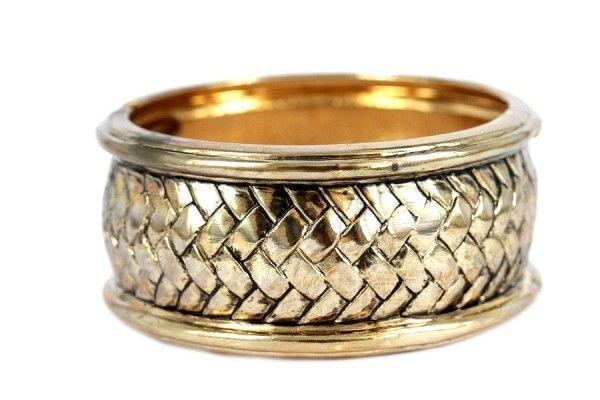Faire briller ses bijoux en or