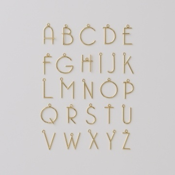 Typography: Gold Typography, Letters Charms, Hands Letters, Alphabet Pendants, Accessories, Letters Necklaces, Boys Sailboats, Style Letters, Gold Letters