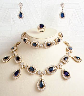 This sapphire and diamond suite belonged to Queen Caroline of Naples, youngest sister of Napoleon I.