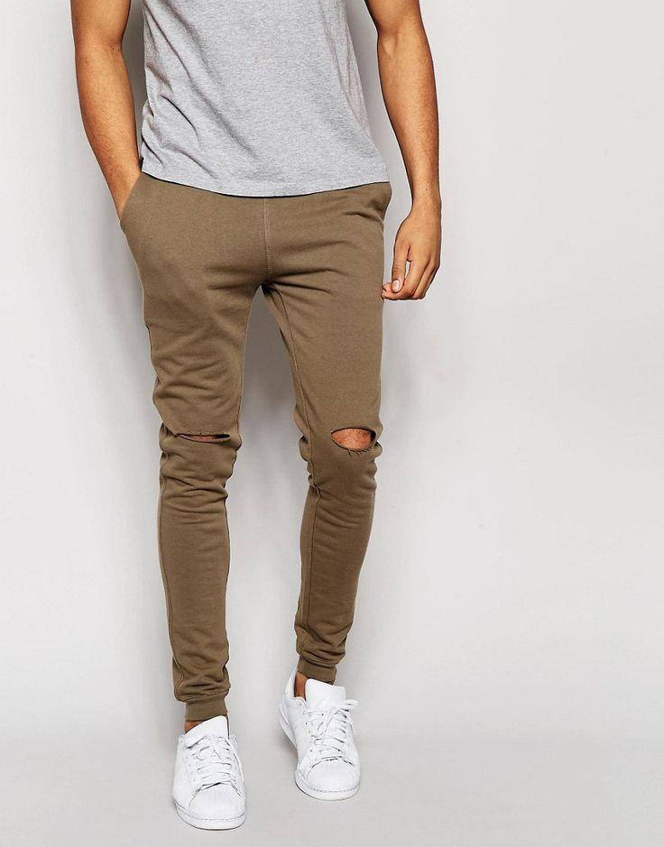 Who sales pants like this comment if u know???