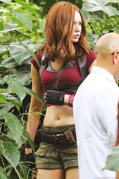 "Karen Gillan on set of ""Jumanji 2"" - Hawaii, USA - 20th September 2016"
