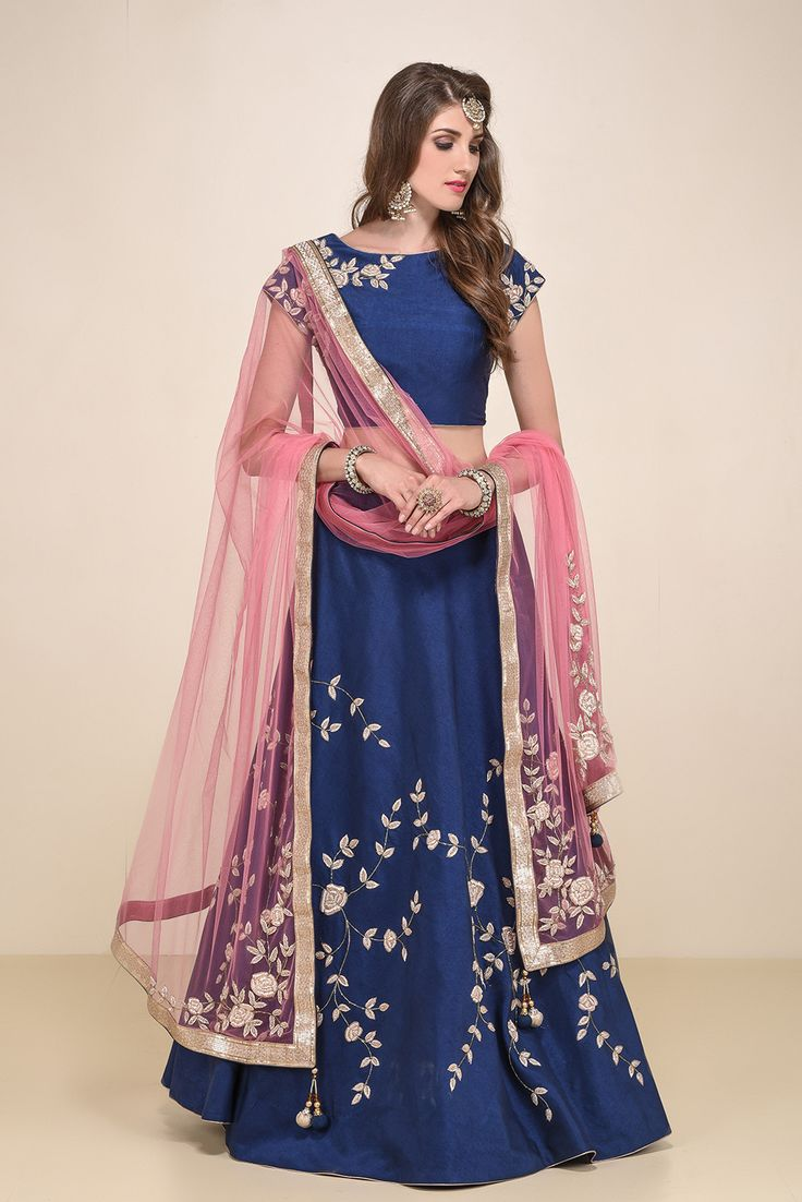 NIYOOSH Blue Lehenga Set With Pink Dupatta #flyrobe #weddings #indianbride #lehenga #sangeetlehenga #lehengacholi #designerlehenga