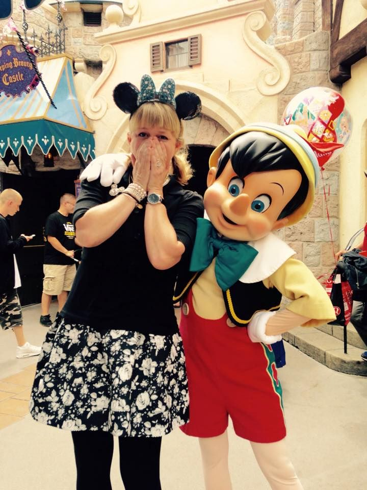 all about characters at disneyland and california adventure - 720×960