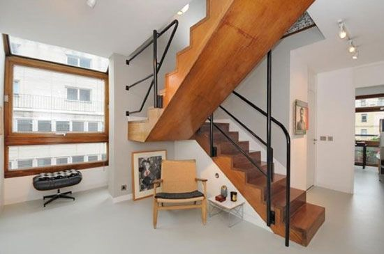 Chamberlin, Powell & Bon: Two-bedroom M3E apartment in Ben Jonson House on the Grade II-listed Barbican Estate, London EC2