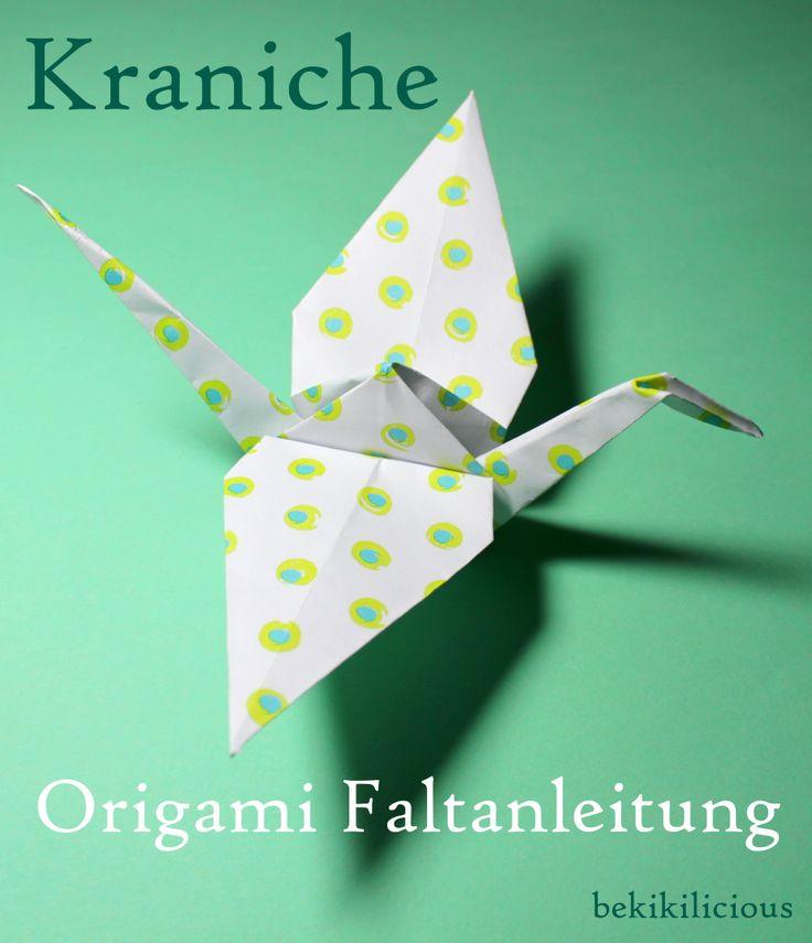 Origami Kraniche   Zugegeben, ich bin eigentlich kein Fan von Origami-Tieren, aber um Kraniche bin ich einfach nicht drum rum gekommen.    ...