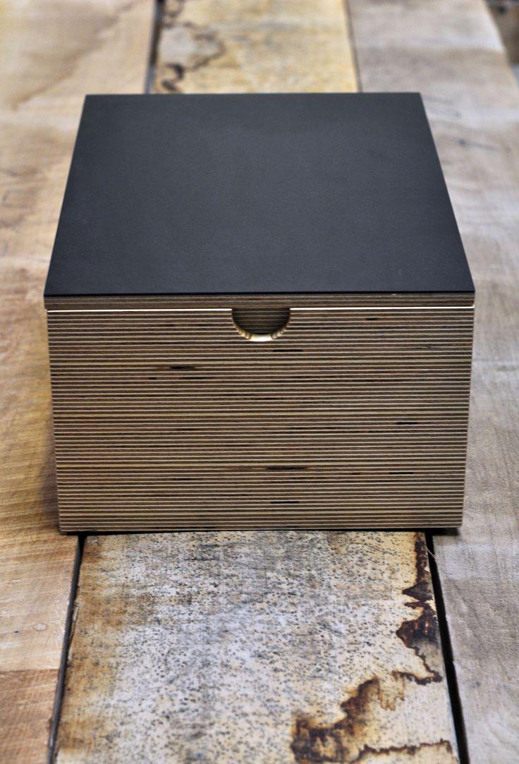 Møblementet – boligindretning – kasse - Desktop  – Furniture Linoleum – Forbo – interior design –
