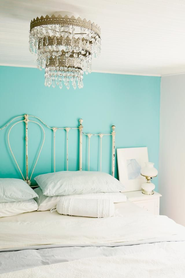 10 Aqua Paint Colors We Absolutely Love: Fairy Tale Blue - Benjamin Moore 2055-50