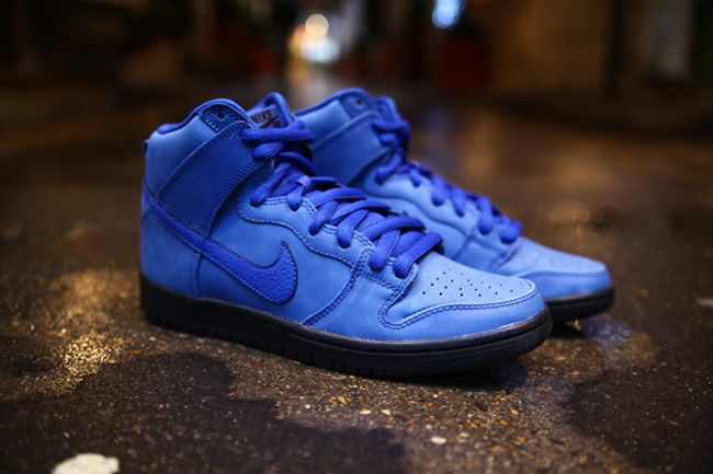 """Eiffel 65 """"Blue"""" x Nike SB Dunk High"""