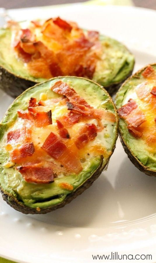 We love these Avocado Bacon and Eggs - they're so easy too! { http://lilluna.com }