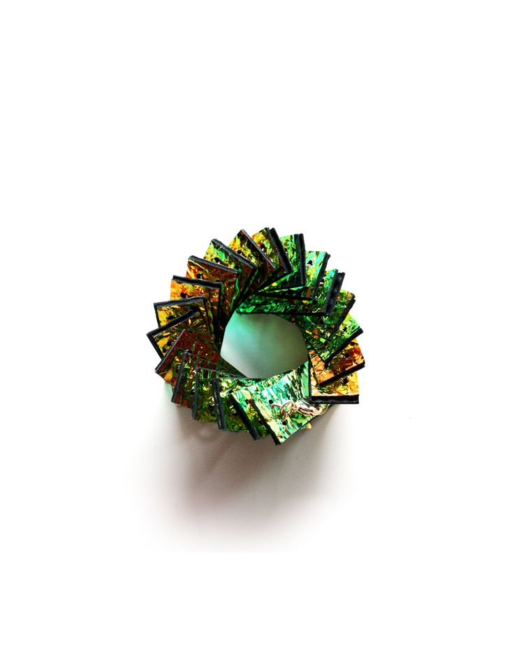 Palm Bracelet_Emerald 3D Collection 2016 Leather jewellery Holgraphic effect with 3D print by My Golden Cage